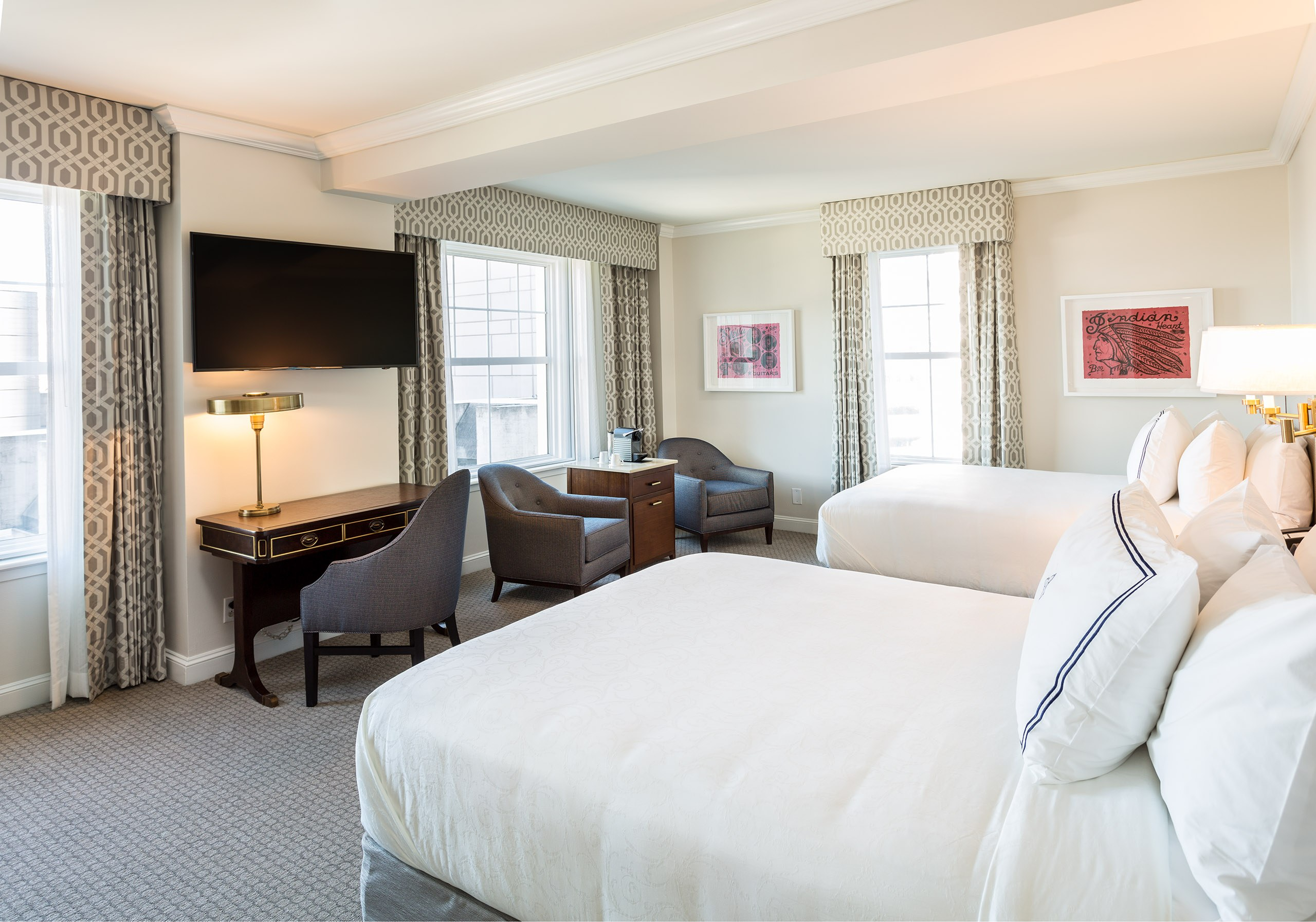 The Lancaster Hotel - Deluxe Double Queen Guestroom