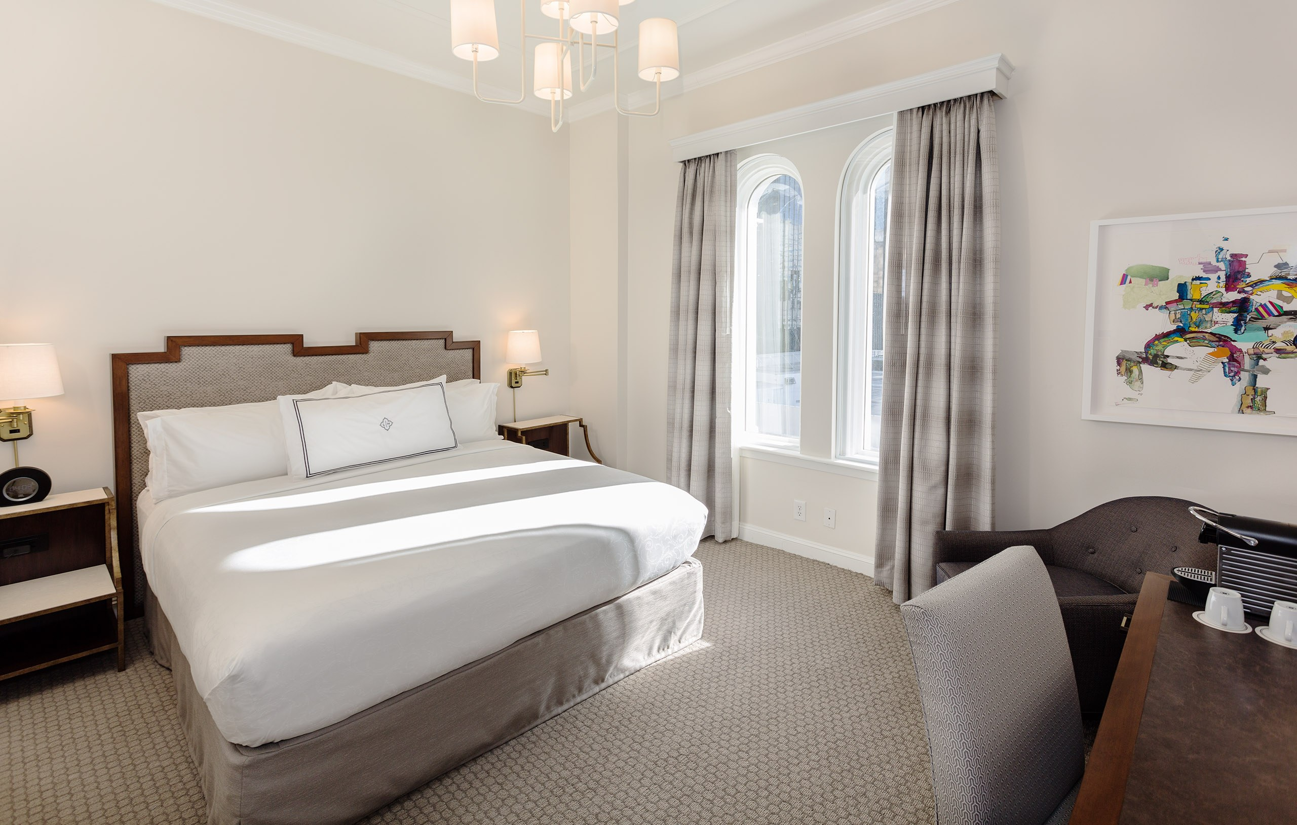 The Lancaster Hotel - Classic Penthouse King Guestroom